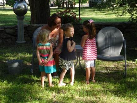 Echanges avec des Texanes dans une party au Texas pendant un voyage en famille aux Etats-Unis