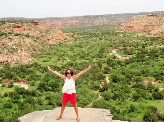 Une vue d'ensemble au centre du Palo Duro Canyon au Texas vue en voyage aux Etats-Unis en famille