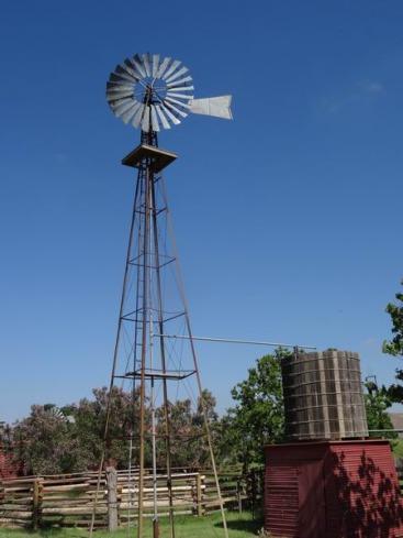 Windmill au National Ranching Heritage Center à voir lors d'un voyage eaux USA en famille