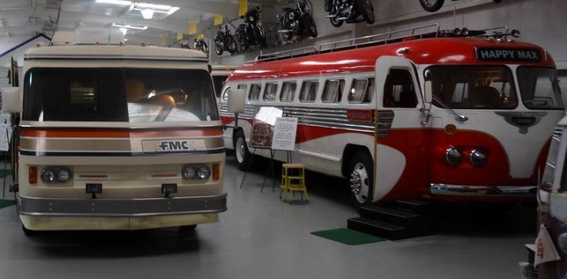 camping-cars vintages au Texas à voir lors d'un voyage en Amérique en famille