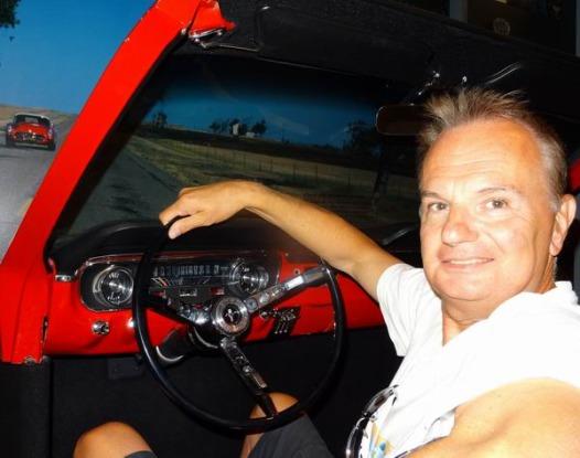 Au volant d'une Ford Mustang à expérimenter en voyage en famille aux USA