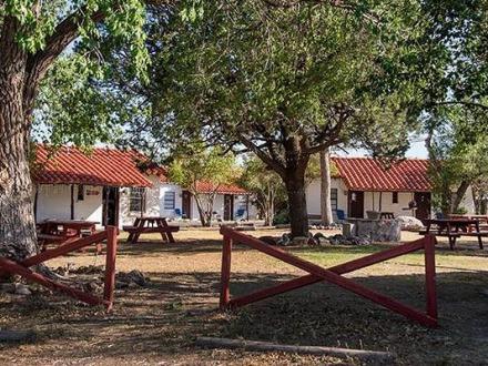 L'Antelope Lodge à Alpine Texas pour opasser une nuit lors d'un voyage aux USA en famille