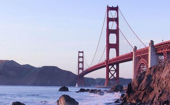 Le Golden Gate à San Francisco à San Francisco en californie aux etats-unis à visiter lors d'un voyage aux usa en famille