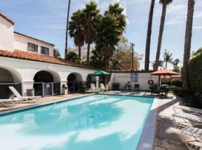 Le Inn at East Beach à Santa Barbara  en amérique où loger lors d'un voyage aux usa en famille