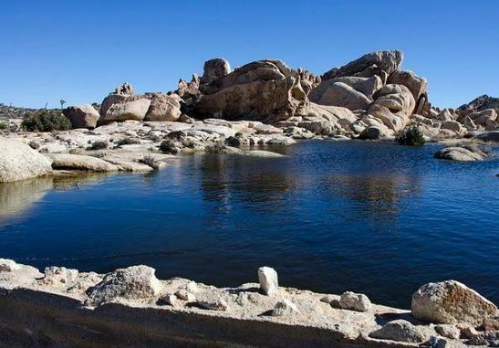 Le Barker dam de Joshua Tree National Park en californie en Amérique à découvrir lors d'un voyage en famille aux Etats-Unis