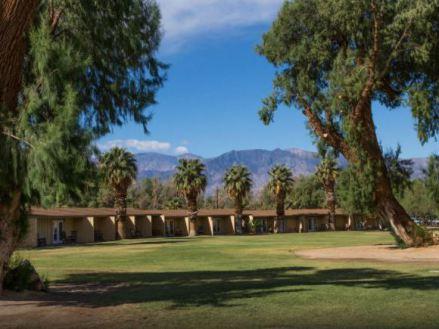Les chambres au Ranch du Furnace Creek dans la vallée de la mort en californie aux Etats-Unis où dormir pendant un voyage aux USA en famille en vacances