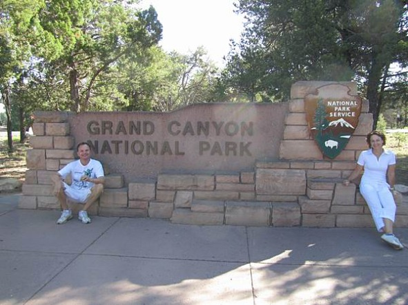 le grand canyon en arizona aux etats-unis à découvrir lors d'un voyage aux usa en famille pendant les vacances