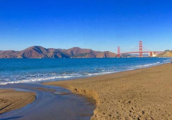 Baker Beach à San Francisco en californie aux etats-unis à visiter lors d'un voyage aux usa en famille