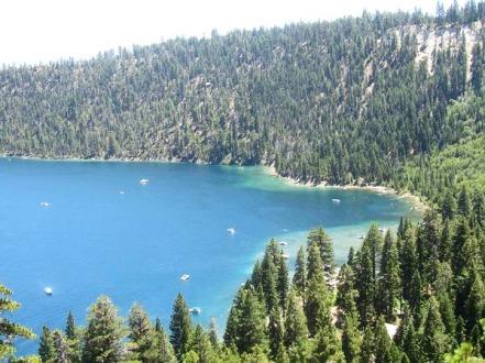le lac tahoe aux Etats-Unis en californie au cours d'un voyage aux usa en famille